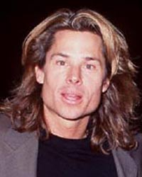 Celebrity Pictures Hollywood on We Are Located On Page 20 Just After Kato Kaelin